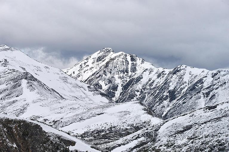 Besneeuwde-bergen Vandaag heeft mijn hoofd vrij